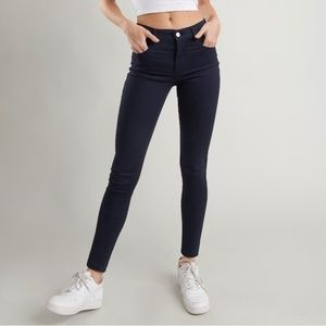 Garage Women's Dark Skinny Jeans 7 or 28""